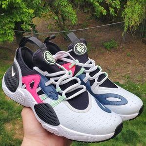 New women's Nike Huarache Edge